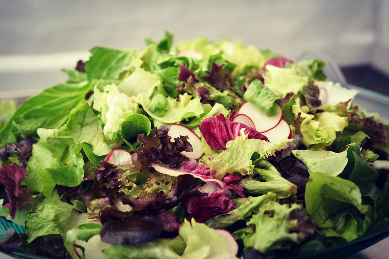 An image of mixed lettuce salad
