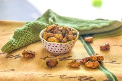 Thai Curry Cashew Clusters
