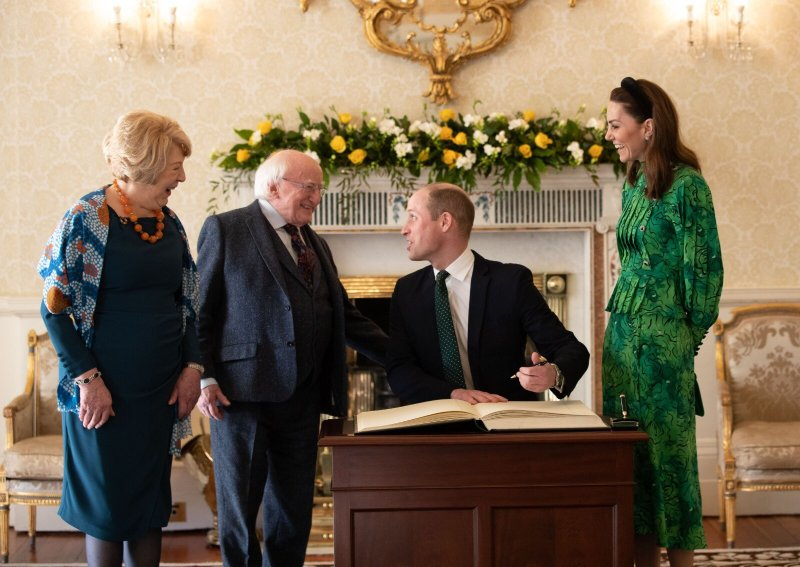 Prince William and Kate sig meeting President Higgins