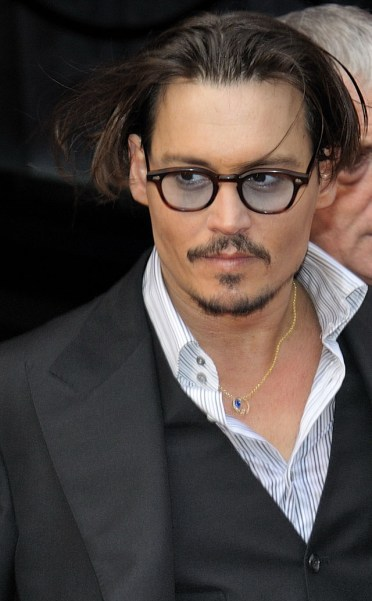 Johnny_Depp_(July_2009)_1