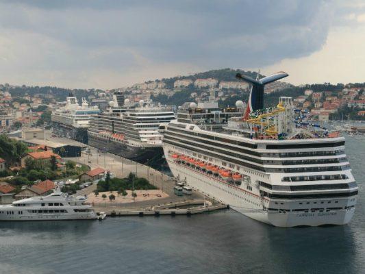 Tragetet në portin e Dubrovnikut. Foto: Pixabay/kamerman1960
