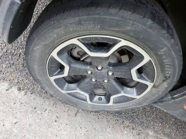 Tire Places Open On Sunday >> Tires Slashed In North Loveland Neighborhood Loveland Reporter Herald