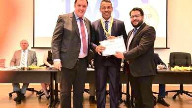 Photo of MÉRITO: Vereador recebe prêmio Top Legislativo 2019 por defesa e valorização do Poder Municipal