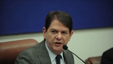 Photo of Senador Cid Gomes recebe alta da UTI