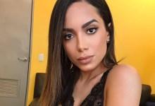 """Photo of REDE SOCIAL: Anitta critica Arthur Lira e diz que foi """"bloqueada"""" por cobrança"""