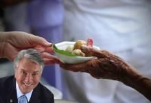 Photo of COMIDA PARA QUEM TEM FOME! Senado aprova proposta de Collor que incentiva doação de alimentos a pessoas carentes; Assista!