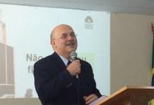 Photo of Bolsonaro anuncia Milton Ribeiro como novo ministro da Educação