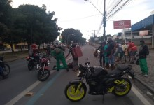 Photo of Duas pessoas ficam feridas durante acidente entre motos na Av. Durval de Goés Monteiro, em Maceió