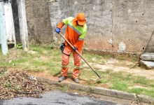 Photo of Prefeitura leva mutirão de limpeza a bairros de Maceió
