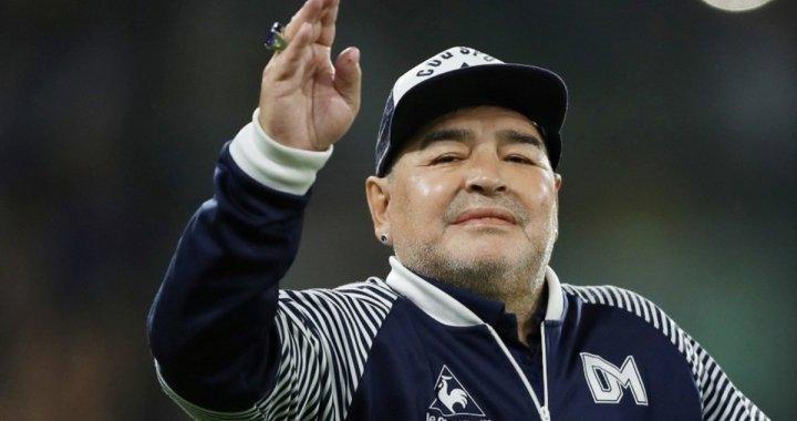 Morre Diego Armando Maradona, aos 60 anos
