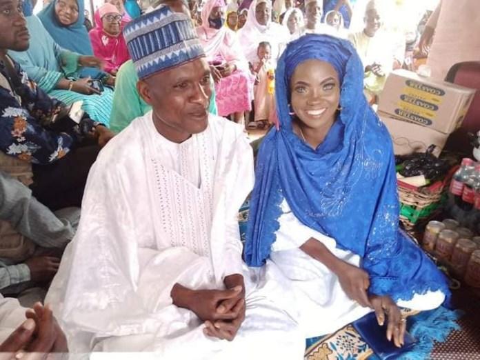 Blue-eyed Kwara StateWoman And Husband Remarry (Photos)