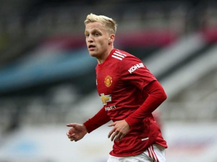 Man Utd Ace Van De Beek Told To Leave In January Transfer