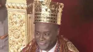 Olu of Warri: Utieyinoritsetsola Emiko crowned Ogiame Atuwatse III