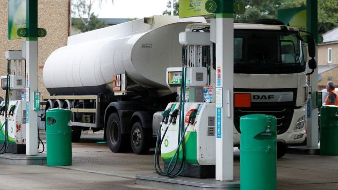 UK Petrol Scarcity: Visas For Foreign Lorry Drivers Extended