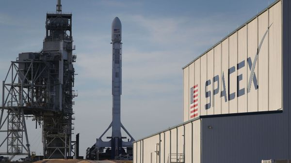 Is SpaceX world's most valuable private company at $21bn ...