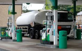 Military to deliver petrol to UK garages from Monday