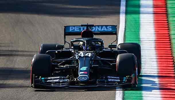 Lewis Hamilton conquista la pole position al Gran Premio di Imola