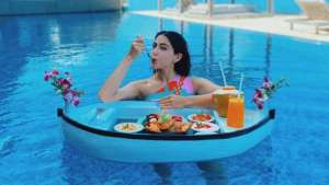 Sara Ali Khan oozes oomph & enjoys floating breakfast in Maldives
