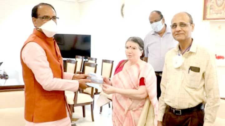 "Presented the book ""Narmada Parikrama Ek Antaryatra"" to Chief Minister Shri Chouhan"