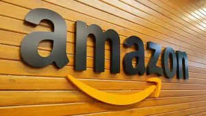 Amazon Great Indian Festival sale 2021 will continue for a month (REUTERS)