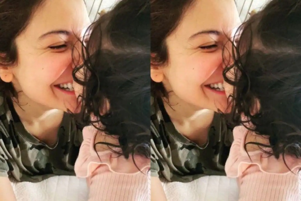 Anushka Sharma Marks Durga Ashtami With Adorable Picture With Little Vamika And Fans Are Delighted
