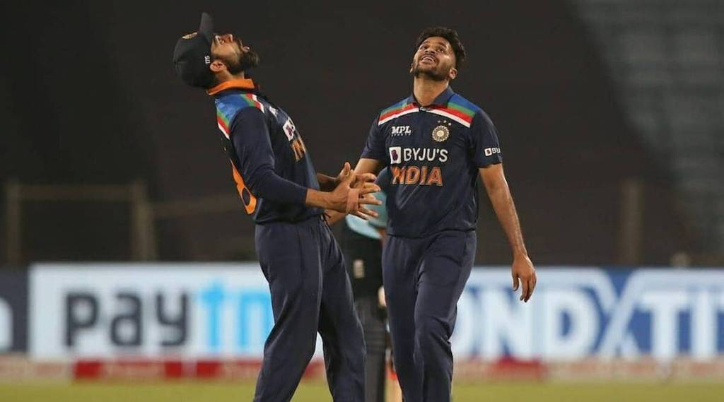 Puzzling last-minute World T20 selection flip-flop: Thakur replaces Axar