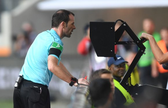 FIFA odobrila korišćenje video tehnologije na Mundijalu (VIDEO)