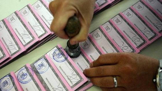 Amministrative, pugliesi al voto: tutti i rebus dei ballottaggi tra accordi segreti e apparentamenti
