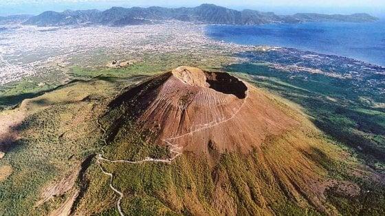La natura rifiorisce sul Vesuvio