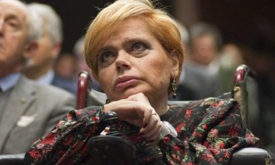 """Handicap, Raggi: """"Faremo mappa delle barriere architettoniche"""". La Argentin: """"Contro le buche sciopero della fame"""""""