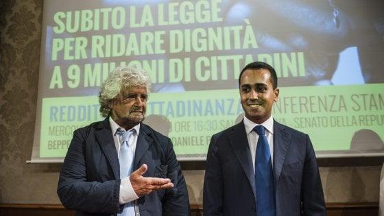 """M5S, Di Maio si candida alla premiership: """"Faremo risorgere l'Italia"""""""