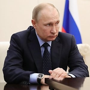 Caso Skripal, Mosca risponde alle espulsioni: via 150 diplomatici, chiuso consolato Usa a San Pietroburgo