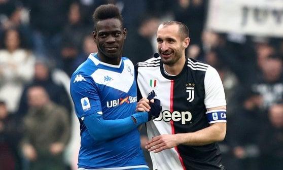 Juventus-Brescia 2-0, Dybala e Cuadrado fanno ripartire i bianconeri. Torna in campo Chiellini