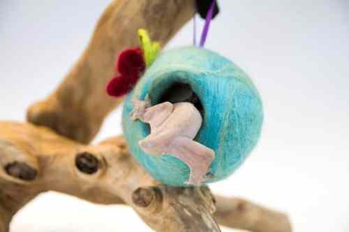 FlotsamandThenSome Geckopod - crested gecko decoration