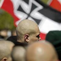 Serra Michele, Caro naziskin