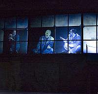 <B>Attori a banda larga e maxischermi<br>Arriva negli Usa il teatro virtuale</B>