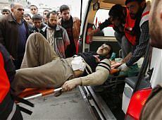 <B>Gaza, uccisi 60 palestinesi<br>Riunione urgente dell'Onu</B>
