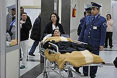 <B>Riaperta discarica di Giugliano<br>donna si dà fuoco per protesta</B>