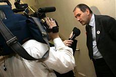 <B>Rifondazione, vince la linea Ferrero<br>nel partito cambia la maggioranza</B>