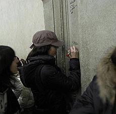 Giapponesi imbrattano Firenze Pizzicati dai connazionali e puniti