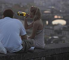 Alcol, a rischio oltre 9 milioni di italiani Allarme per la fascia di età 11-15 anni