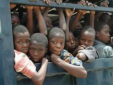 """Orrore in una """"clinica"""" nigeriana Scoperta la """"fabbrica dei bambini"""""""