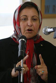 Iran, chiuso centro diritti umani del premio Nobel Shirin Ebadi