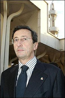 """""""Nelle moschee si preghi in italiano per evitare istigazioni all'odio"""""""