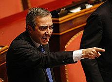 "Annozero, Gasparri contro Santoro ""Lui e Vauro due volgari sciacalli"""
