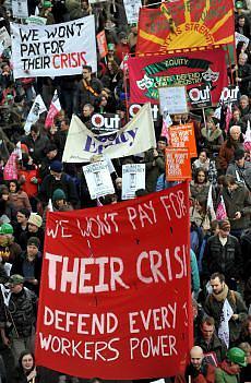 Il G20 a Londra: Non pagheremo la loro crisi - Difesa del lavoro - Potere operaio