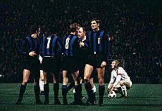https://i1.wp.com/www.repubblica.it/2009/04/sport/calcio/inter-lattina/inter-lattina/inte_15666571_47200.jpg?resize=321%2C219