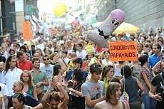 Genova abbraccia il Gay Pride In corteo 200.000 persone