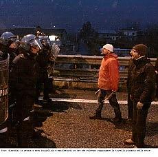 Tav, nuove tensioni in Val Susa Un ferito grave, bloccata l'A32