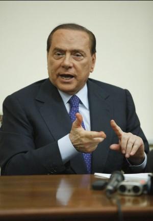 """Processo breve, vertice a Palazzo Grazioli E Famiglia Cristiana: """"Falsa priorità"""""""